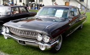 MHV_Cadillac_62_1961_01
