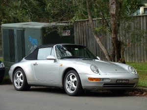 20120527033332!1997_Porsche_911_Carrera_(993)_convertible_(2011-11-18)_01
